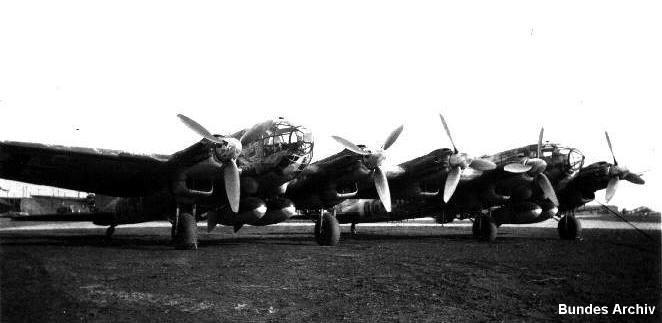 Planeurs géants allemands - Ju-322, Me-321 & 323 - Page 2 He111ze